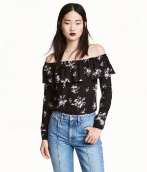 Short Off-the-shoulder Blouse